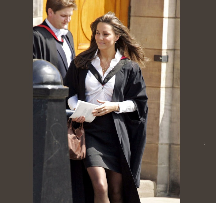 Kate Middleton Receiving her degree