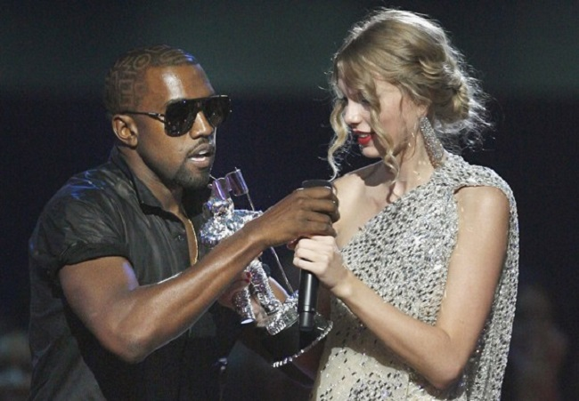 kanye anatched microphone from Taylor Swift